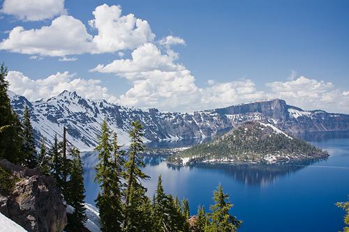 Crater Lake in Oregon craterlake3