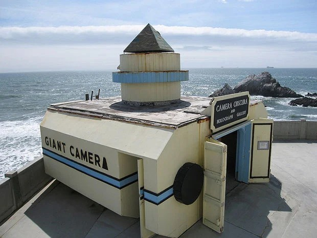 Giant Camera Overlooking the Pacific Ocean in San Francisco giantcamera