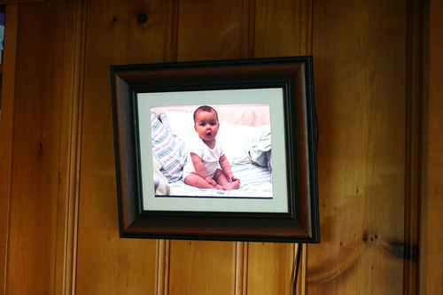 Leave Digital Photo Frames Off Your Christmas Shopping List digiframe