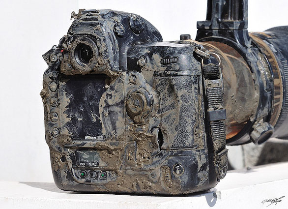This Muddy Nikon D3 Shows the Benefits of Weather Sealing muddy