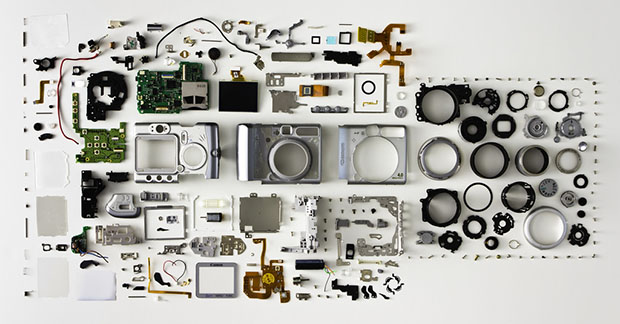 Canon PowerShot A520 Disassembled and Neatly Arranged disassembled