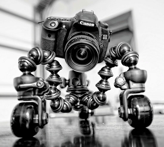 CineSkates: Rollerskates for Your DSLR cineskates