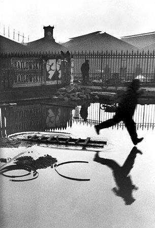 Oldest Known Print of Iconic Cartier Bresson Photo to Be Auctioned cartier mini