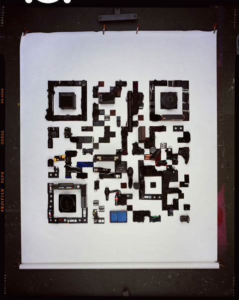 Photographer Promotes New Site with QR Code Made from Ordinary Objects qr mini
