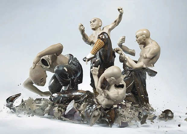 Epic Action Photos of Porcelain Figurines Shattering Against the Ground smash1 mini