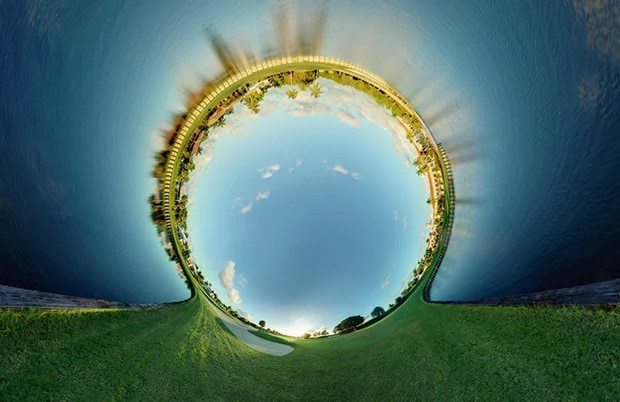 Surreal 360 Degree Panoramas Created by Stitching Hundreds of Photos randy1 mini