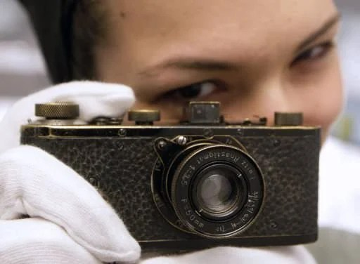 1923 Leica O Series Sets A New Record For Most Expensive Camera Ever Sold 