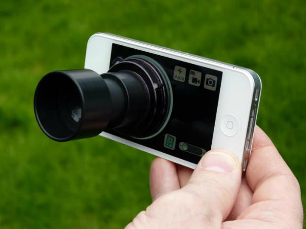 A Giant Viewfinder For Your Phone daylightviewfinder mini