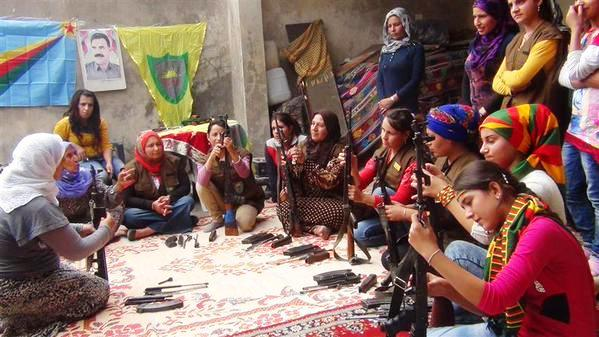 The Women of Kobane Learning to Defend Themselves