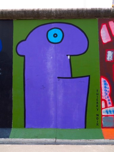 Thierry Noir, East Side Gallery. Photo copyright PD Smith.