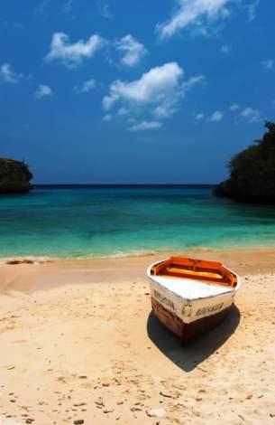 Playa Lagun, Curaçao (Shutterstock)