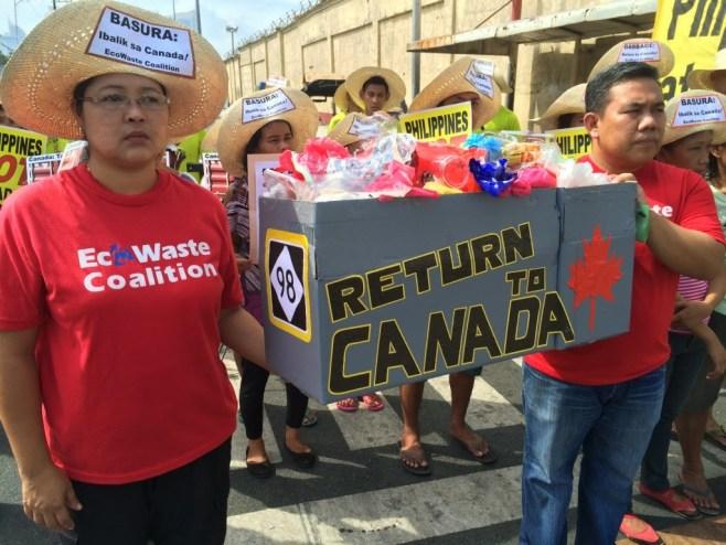 EcoWaste protest - Canadian garbage