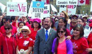 Senator Enverga with participants of the annual March for Life in Ottawa, from file (1)