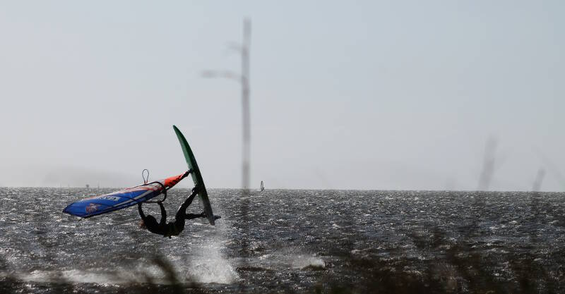 Pamlico Sound windsurfing. Photo by Makani Fins.