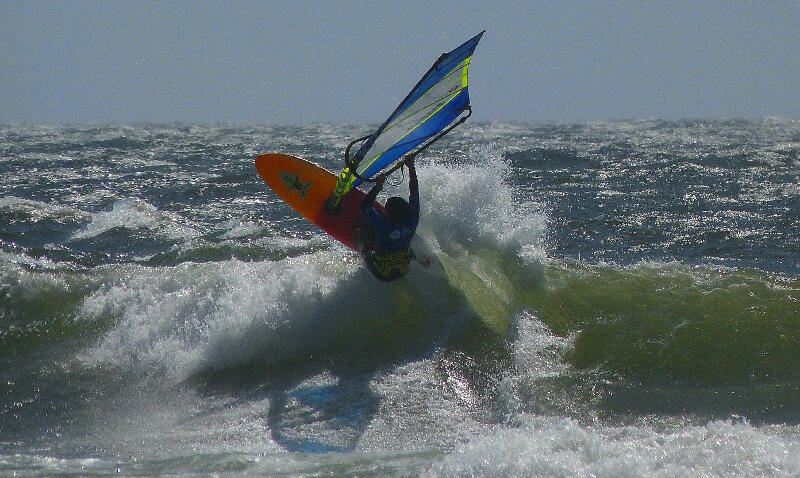 CAN 9 top turn windsurfing Pistol River Oregon - Photo by Ryan Allderman