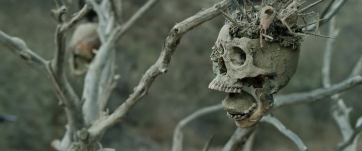 bone-tomahak-still-825x345