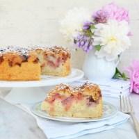 rhubarb crumb cake, vegan