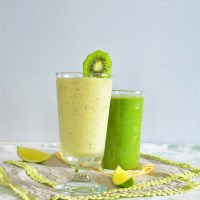 pineapple kiwi smoothie