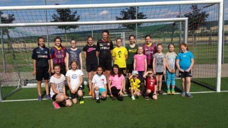 Mädchenfussballschule 2016