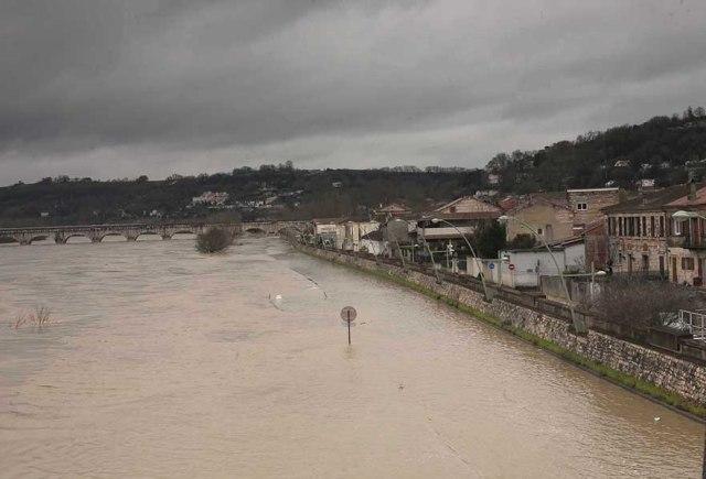 Crue de la Garonne à Agen en 2014©photo Patrick Clermont