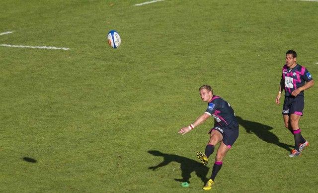 Agen vs Stade Français-Plisson comme Francis 3 pénalité + 2 transformations réussie©photo Patrick Clermont