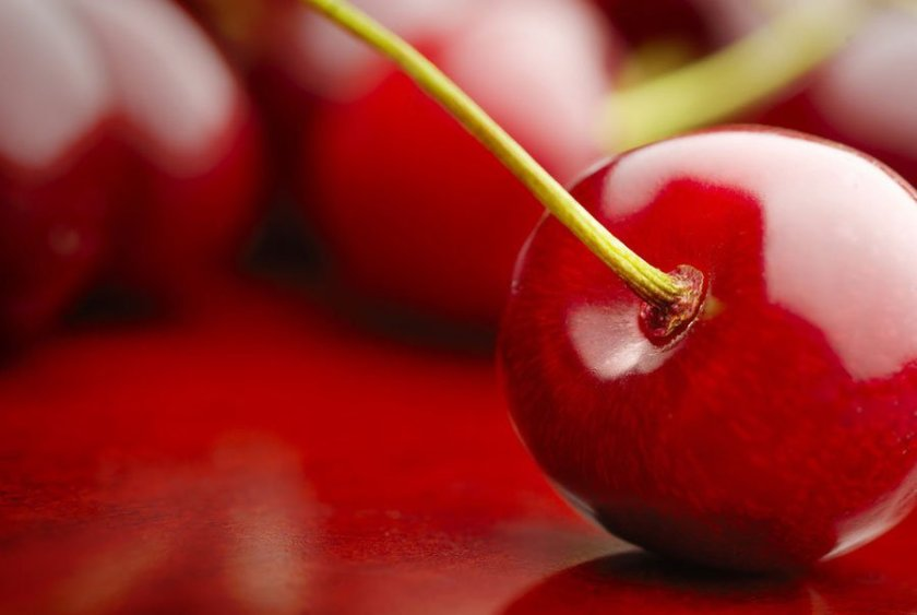cherry-red-macro-photography-idea