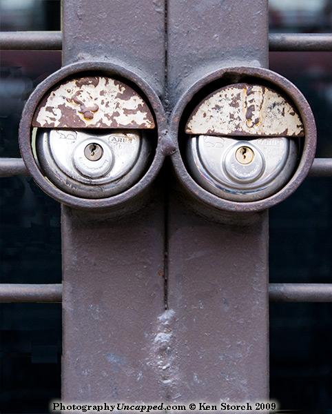 Laconic lock eyes