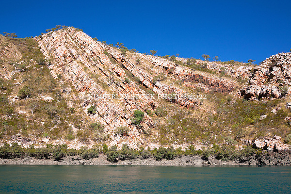 Evidence of huge geological uplifing in the sandstone cliffs of Cyclone Creek. (Annabelle Sandes/© Annabelle Sandes | Kimberley Media 2011)