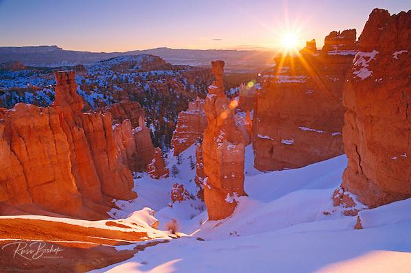 Winter sunrise on Thor's Hammer, Bryce Canyon National Park Utah USA (Russ Bishop/Russ Bishop Photography)
