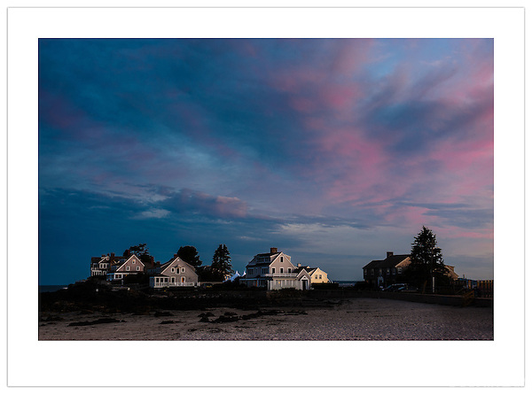 End of the Day on Kennebunk Beach (©2012 Ian Mylam)