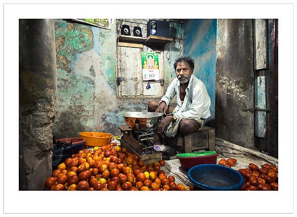 Market Vendor - Chennai, India (Ian Mylam/© Ian Mylam (www.ianmylam.com))