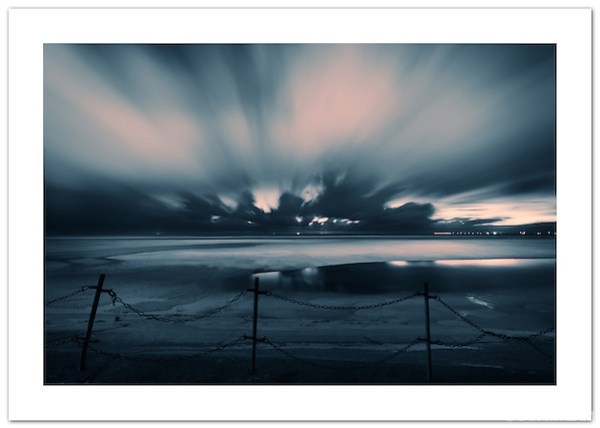 Night on Blackpool Beach #3 (© 2011 Ian Mylam)