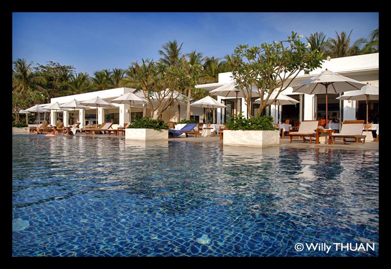 racha-island-resort-in-thailand