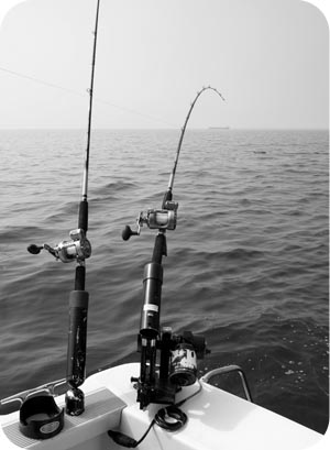great lakes fishing black and white