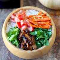 Vegetarian Chirashi sushi (chirashizushi)