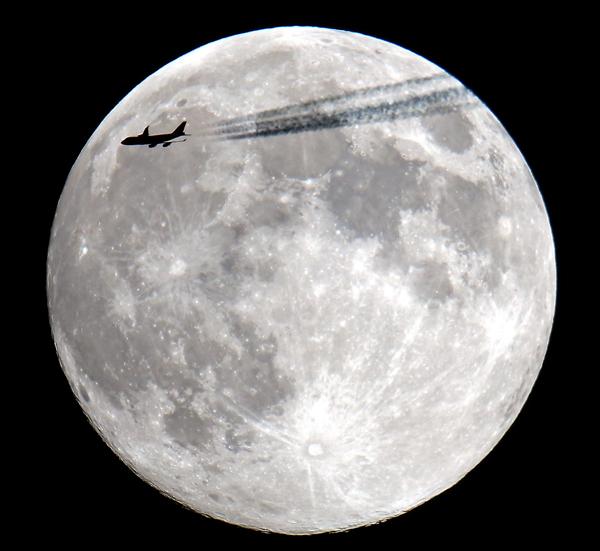 September 18, 2013 A transatlantic flight exits the US east coast over Winthrop,MA.