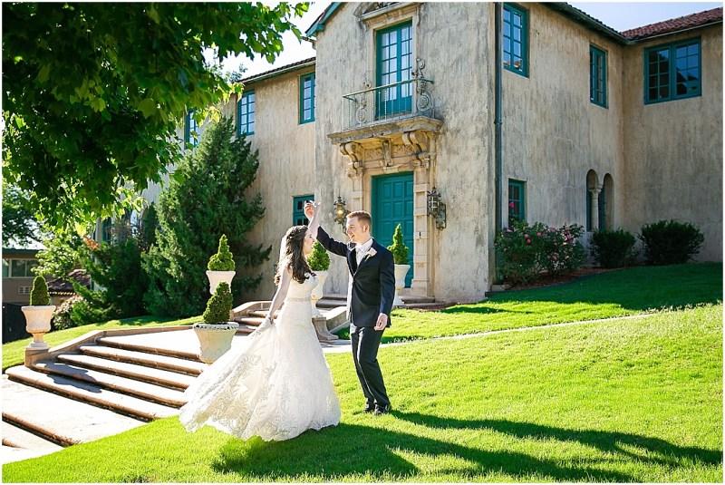 Dresser Mansion Wedding Tulsa Oklahoma Picturesque Photos by Amanda_0051