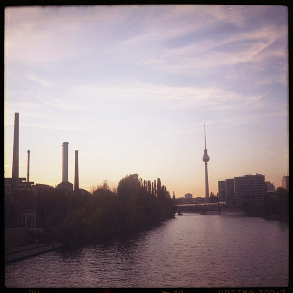 Spree, Alex, Fernsehturm, Berlin, Photo