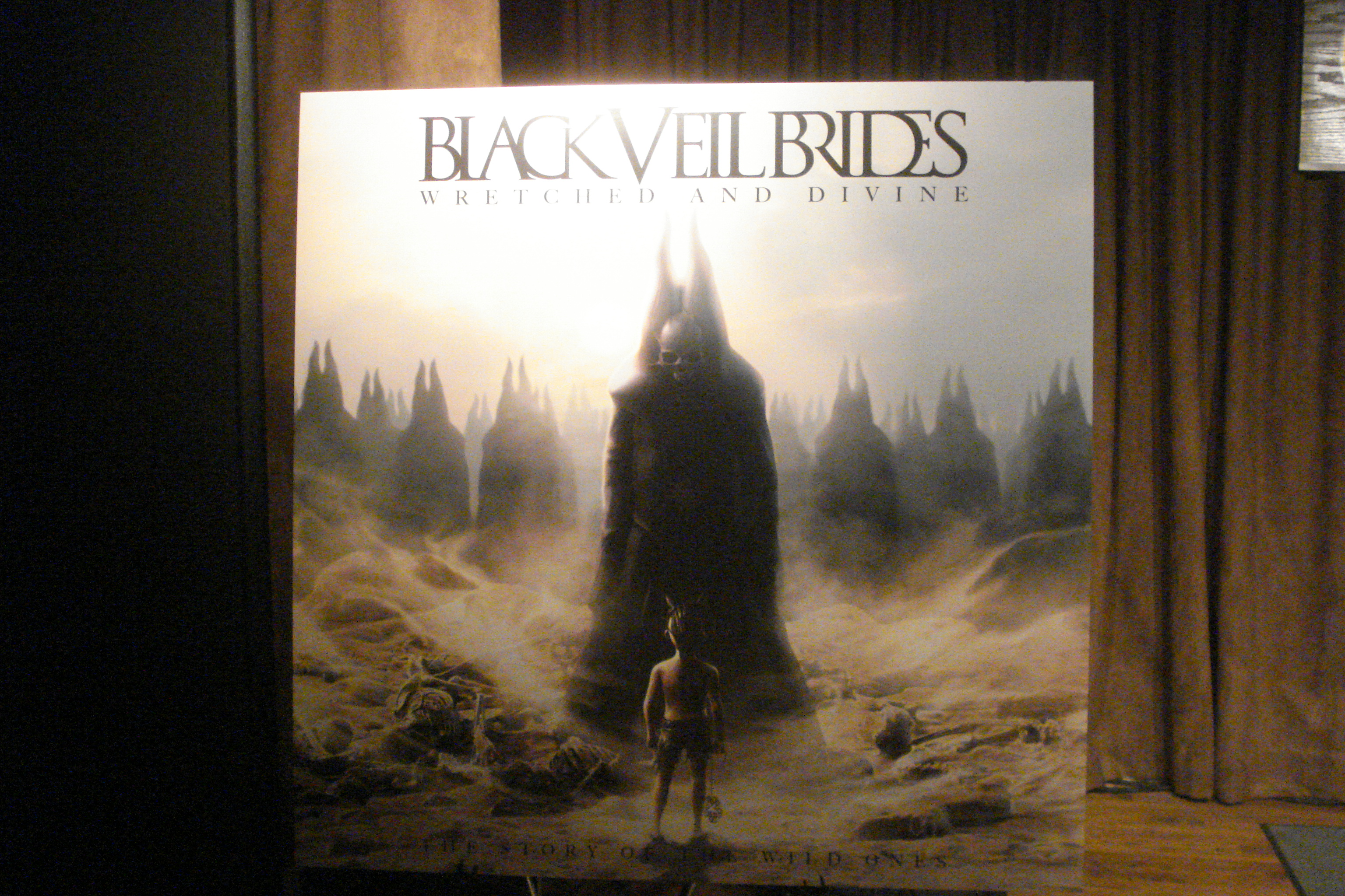 """Getting """"Wretched & Divine"""" with The Black Veil Brides (12 ..."""