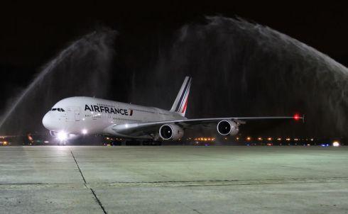 800x600_1471955285_First_A380_commercial_flight_to_Rio_de_Janeiro___2_