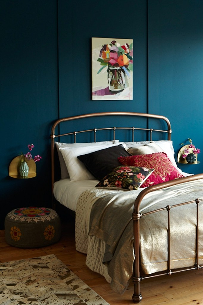Mixed metal and Folk bedroom