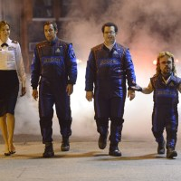 Pixels - Aliens, Arcade Games and the Dinklage Mullet
