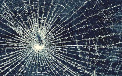 Cracked Screen Wallpaper HD | PixelsTalk.Net