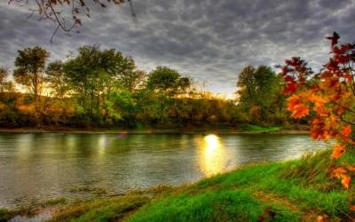 Autumn River HD Wallpaper | PixelsTalk.Net