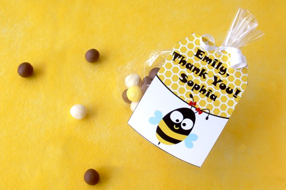 Bee Birthday Favor Tags by Pixiebear Party Printables