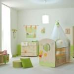 cuarto de bebé decorado con Winnie Pooh