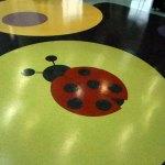 piso vinilico infantil