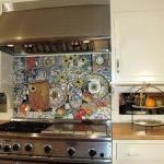 Cocina decorada con técnicas de mosaiquismo