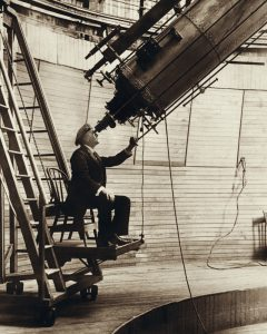 Percival_Lowell_observing_Venus_from_the_Lowell_Observatory_in_1914