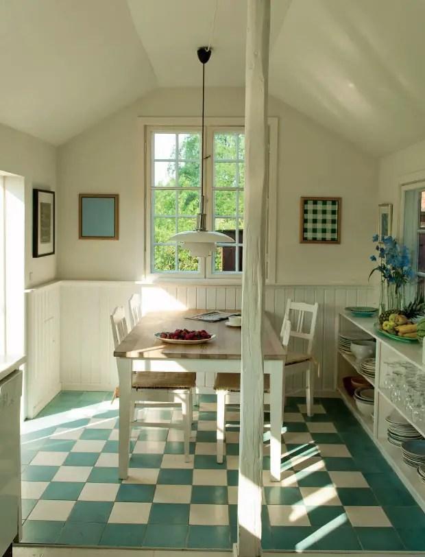 une maison danoise en bois rouge planete deco a homes world. Black Bedroom Furniture Sets. Home Design Ideas